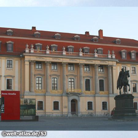 Weimar, Franz-Liszt-Hochschule für Musik, Fürstenhaus am Platz der Demokratie