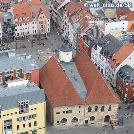 Blick vom Jentower auf das Rathaus und Marktplatz in Jena