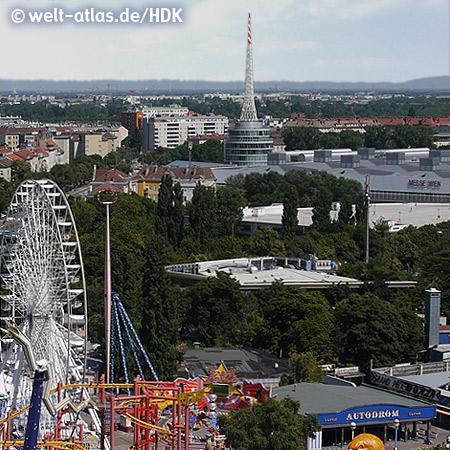 Blick vom Riesenrad im Wiener Prater auf Autodrom und Messeturm – Foto: mit freundlicher Genehmigung von H.-D. Krause