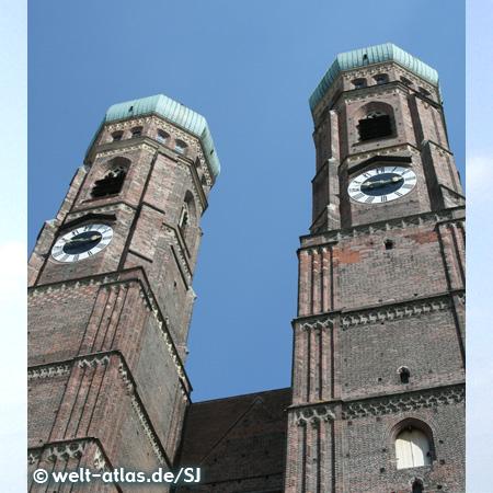 Die Türme der Frauenkirche in München, Dom zu Unserer Lieben Frau