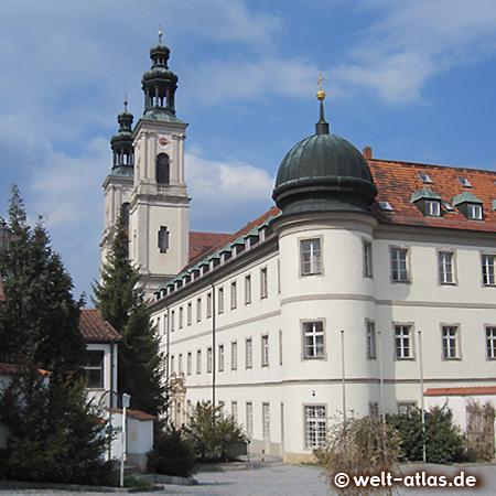 Kloster Pielenhofen an der Naab in Bayern, Wallfahrtsort und Schule der Regensburger Domspatzen