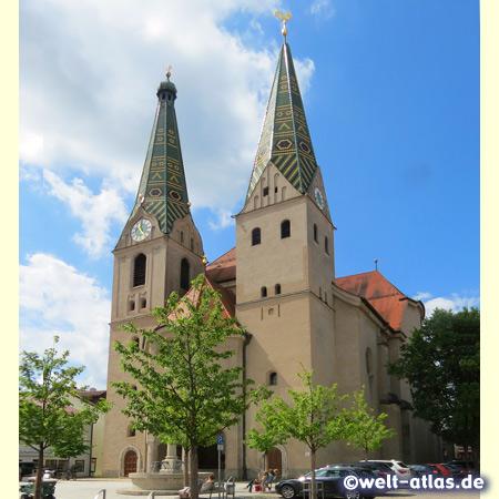 Stadtpfarrkirche St. Walburga von Beilngries im Naturpark Altmühltal