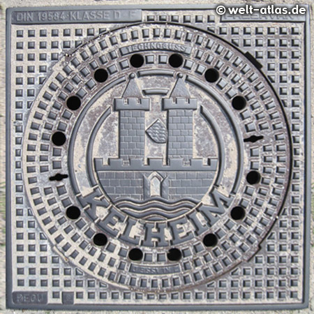 Manhole cover in Kelheim with the Coat of Arms, Bavaria