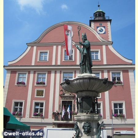 Town Hall and Willibald Fountain with the city's patron St. Willibald on the square in Eichstätt