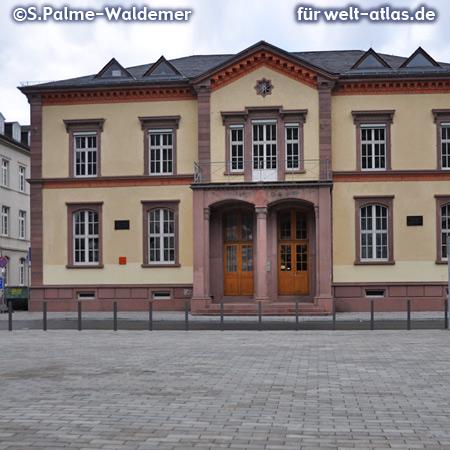 Gebäude der Universität Heidelberg, ehemaliges Chemielabor von Robert Wilhelm Bunsen – Foto:© S. Palme-Waldemer