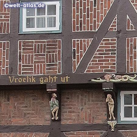 Detail der schönen Fachwerkfassade, das älteste Bürgerhaus der Stadt Rendsburg, erbaut 1541 steht unter Denkmalschutz