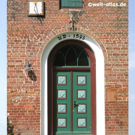 Kirchentür der Trinitatis-Kirche in Wewelsfleth, erbaut 1593, Kreis Steinburg