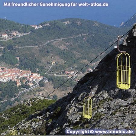 Seilbahn Cabinovia am Monte Capanne   –Urlaubsbericht: Wandern in der Toskana von Hans van Gelderen unter:http://elba.binobio.de/elba.htm