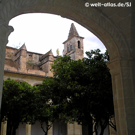 Cloister of the convent St. Vincent