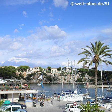 Sicht auf Yachthafen von Porto Cristo
