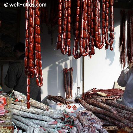 Spanische Spezialitäten, Würste, Chorizo, Jamon, Spanien