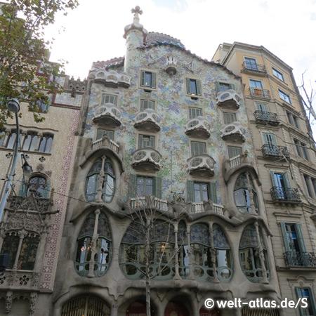 Facade of the Casa Batlló in Barcelona