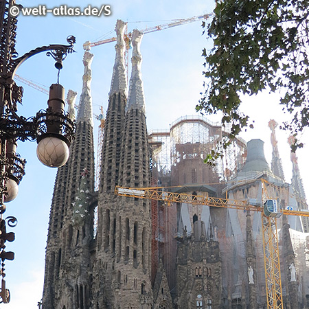 Landmark of the city and the most famous church in Barcelona, the Sagrada Familia - life work of the famous architect Antoni Gaudí
