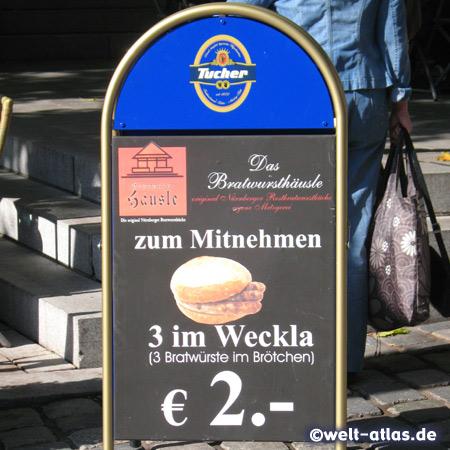 Nürnberger Spezialität: 3 im Weckla – 3 Bratwürste im Brötchen im Bratwursthäusle