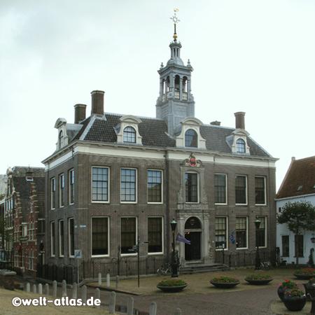 Ehemaliges Rathaus in Edam, jetzt Büro für Touristenverkehr