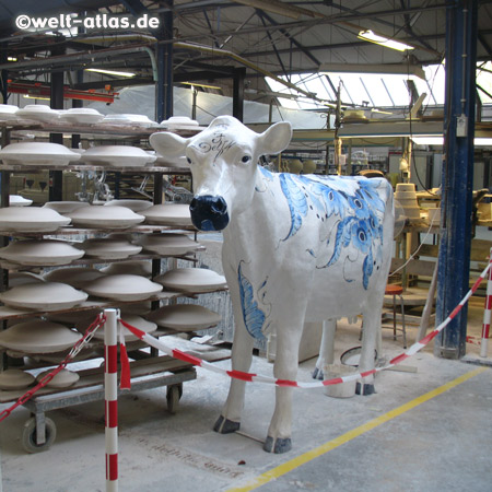 Produktion der berühmten Delfter Keramik