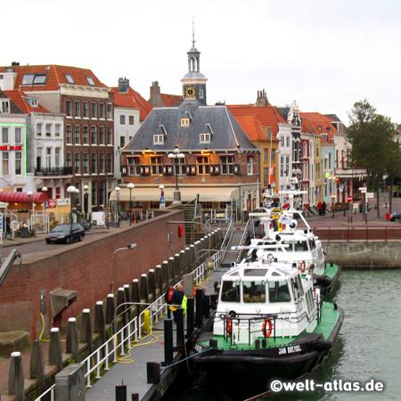 Restaurant in der Altstadt am Hafen von Vlissingen