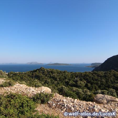 Küste bei Astakós