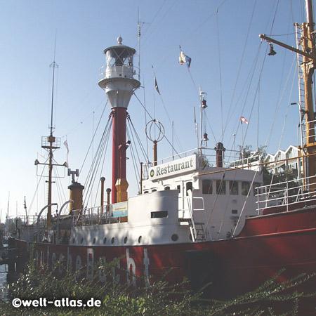 Das Feuerschiff Amrumbank/Deutsche Bucht liegt jetzt in Emden und ist Restaurant und Schifffahrtsmuseum