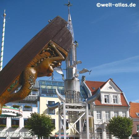 Sous-Turm (unstrittenes Bauwerk) auf dem Marktplatz in Aurich