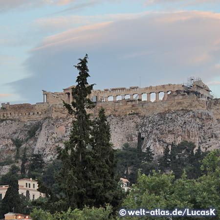 Blick von der Agora zur Akropolis