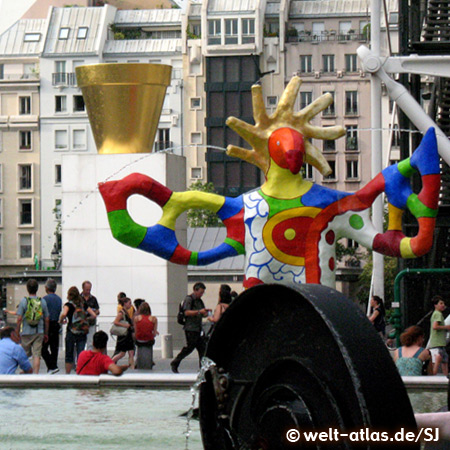 Centre Georges Pompidou, Stravinsky fountain of Niki de Saint Phalle and Tinguely, Paris