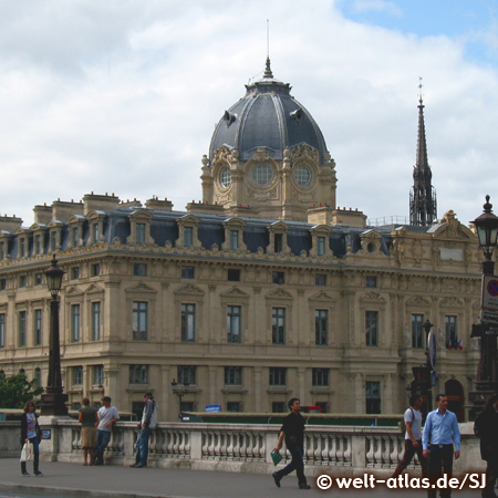 Kuppel des Tribunal de Commerce, Handelsgericht an der Brücke Pont au Change, Paris