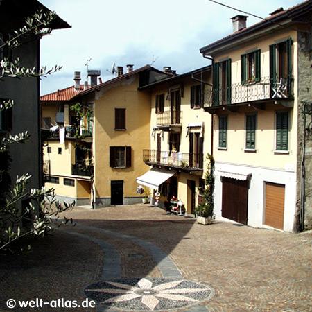 Cerro, Ortszentrum, schönes Pflaster, Laveno-Mombello, Lago Maggiore, Lombardei, Italien