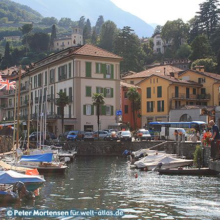 Kleiner Hafen von Menaggio am Lago di Como, Lombardei