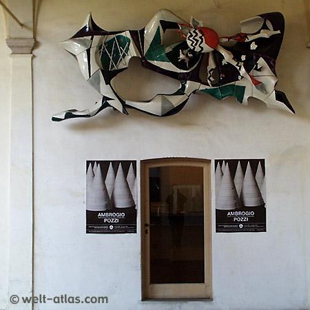 """Cerro, Palazzo Perabò, das Keramikmuseum """"Museo della Terraglia"""""""