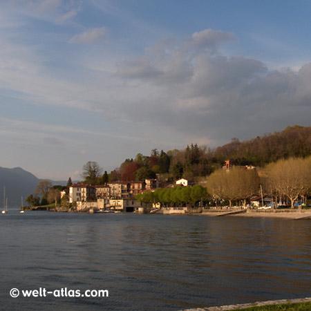 Cerro, Seeufer, Laveno-Mombello, Lago Maggiore, Lombardei, Italien
