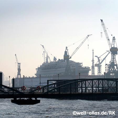 Elbe, Schiff, Kräne, Hafen, Hamburg