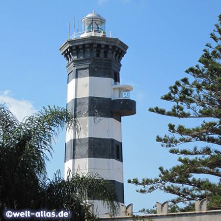 Leuchtturm Faro Capo Peloro an der Straße von Messina, Sizilien