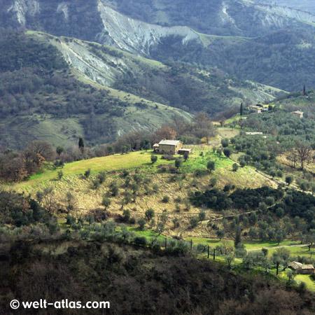 Blick von Bagnoregio ins Tal