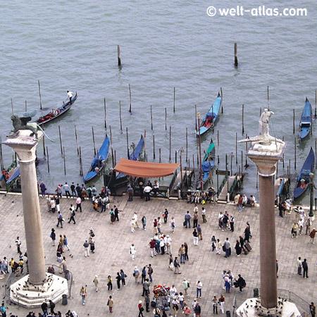 Venedig, Blick vom Campanile di San Marco, Goldeln, Venetien, Italien