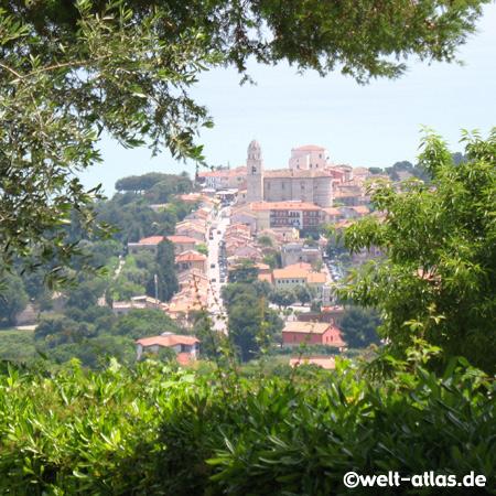 Blick auf Sirolo, Riviera del Conero, Marken, Adria, Italien
