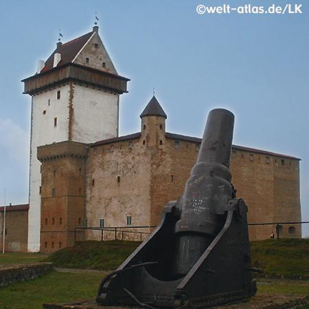 Kanone auf der Hermannsfeste, Narva an der Grenze zwischen Estland und Russland