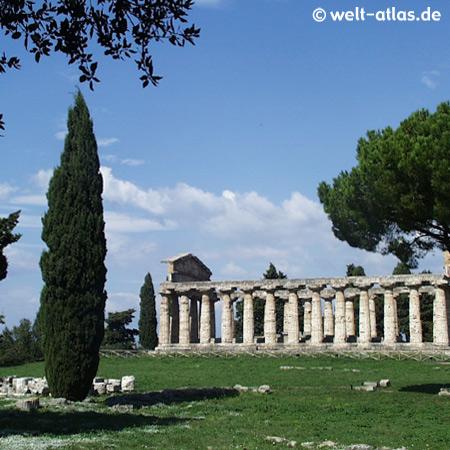 Griechische Tempel in Paestum, Italien