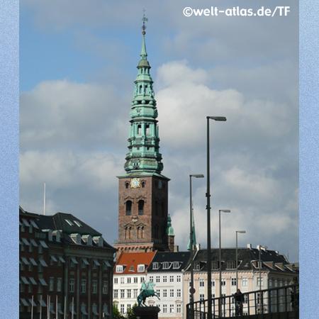 Gammelstrand und Nikolai-Kirche in Kopenhagen