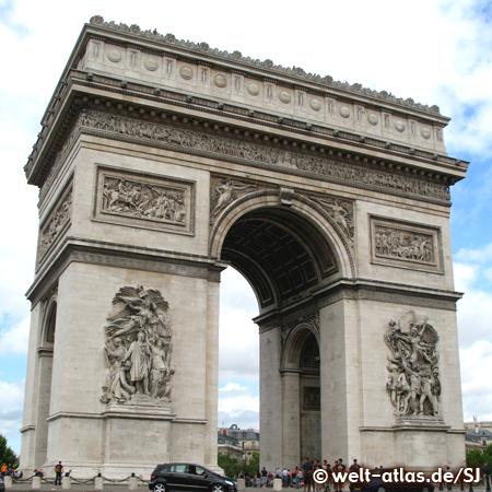 Arc de Triomphe, eines der Wahrzeichen von Paris