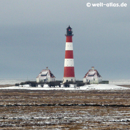 Westerhever Lighthouse in WinterWesterheversand, GermanyPosition: 54° 22,5′ N / 08° 38,5′ E