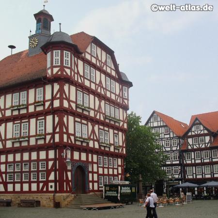 Rathaus der Fachwerkstadt Melsungenan der Fulda