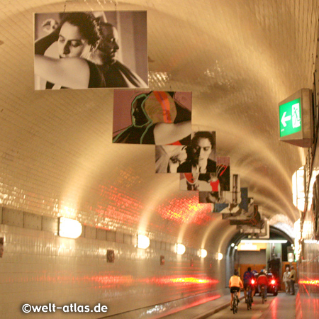 Elbe Tunnel (1911) in Hamburg between St. Pauli and Steinwerder
