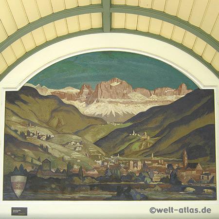 Meran, Jugendstil-Wandelhalle an der Winterpromenade mit Südtiroler Motiven (Tirolo) des Malers Franz Lenhart