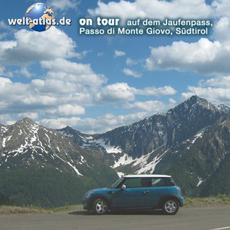 welt-atlas ON TOUR mit Mini auf demJaufenpass in Südtirol