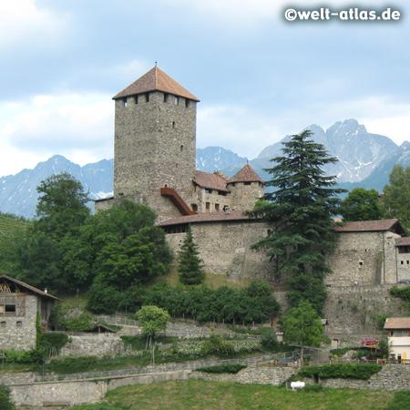 Schloss Tirol bei Meran, oberhalb von Algund, Südtirol, Landesmuseums, Stammburg der Grafen von Tirol