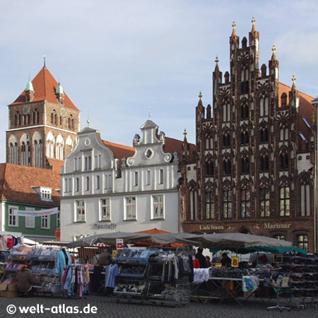 Greifswald, beautiful gables at market square