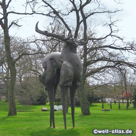 Skulptur des chinesischen Bildhauers ZengChenggang im Skulpturenpark ehemaligen Eisengießerei, Büdelsdorf