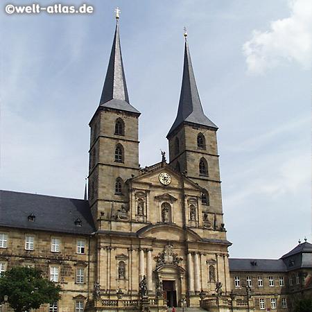 Bamberg, die barocke Kirchenfassade von St. Michael