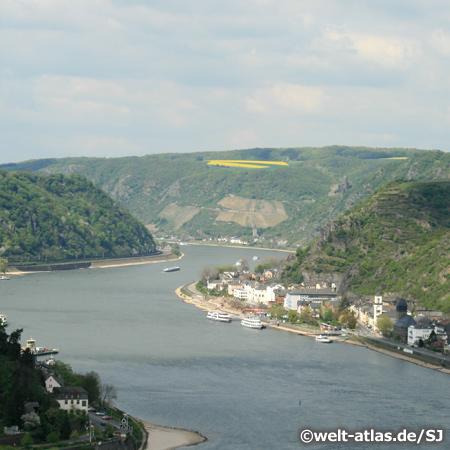 UNESCO Weltnaturerbe, Rheintal bei St. Goarshausen, oberhalb liegt die Burg Katz